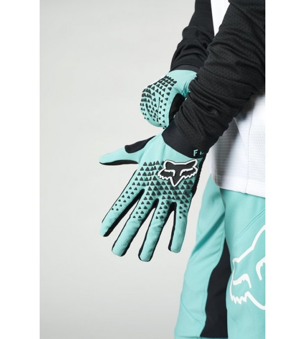Womens Defend Glove Teal